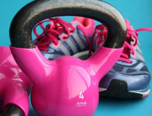 6 ejercicios con pesa para tonificar todos los músculos principales