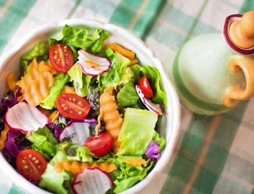 Ensalada fitness: pollo, pasta y maíz