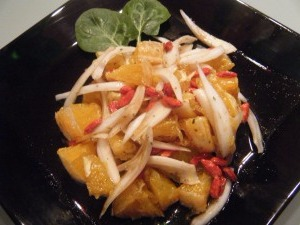 Ensalada de naranja y bayas goji