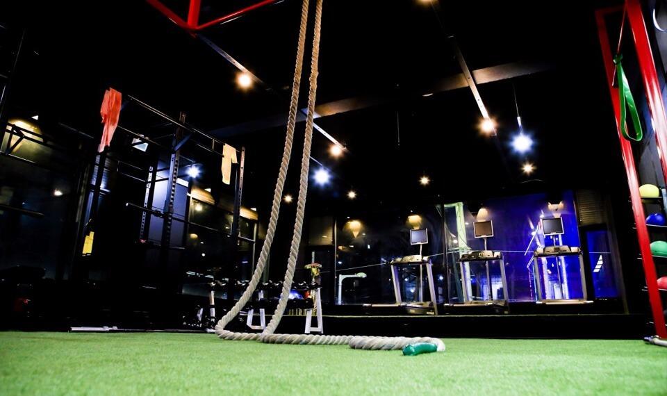 Gym por la noche