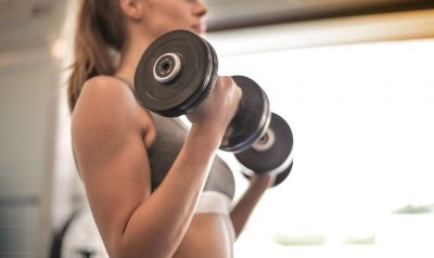 Curl biceps con mancuerna
